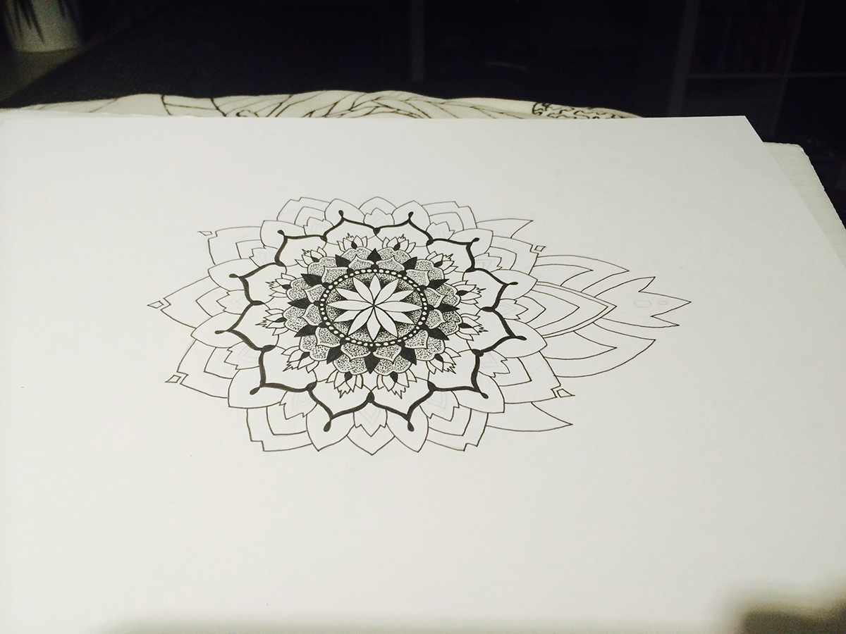 Mandala Dotwork Schritt 2